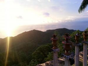 Costa Rica: Sunset at Villa Caletas (with Pillars)